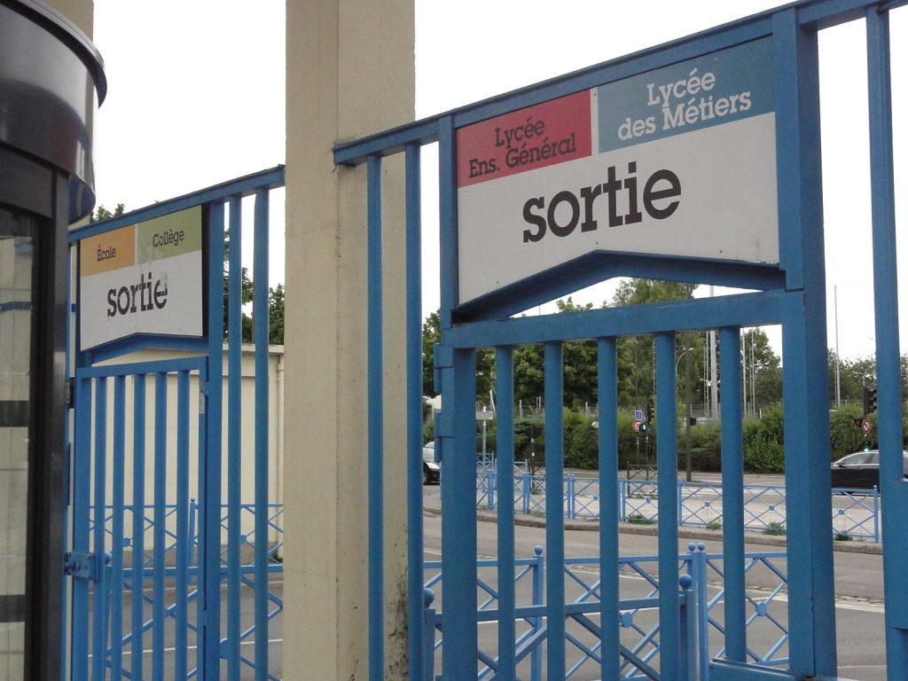Question sur les moyens alloués aux lycées de Seine-Saint-Denis