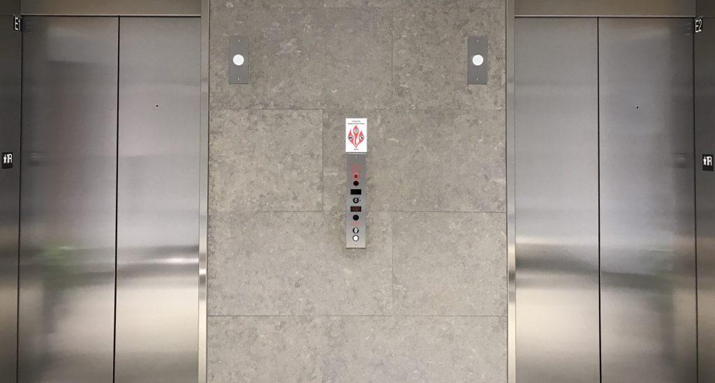 Pannes d'ascenseurs à répétition : une situation indigne qui doit cesser