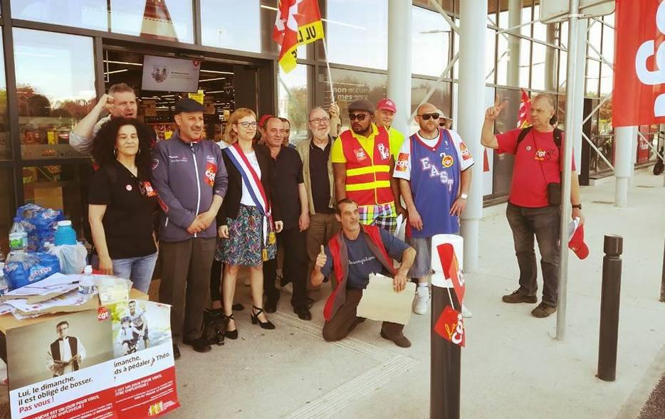 Soutien aux salariés du Auchan Villepinte